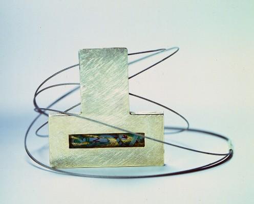 Collier aus 925er Silber mit geschredderten Geldscheinen in Harz eingebettet