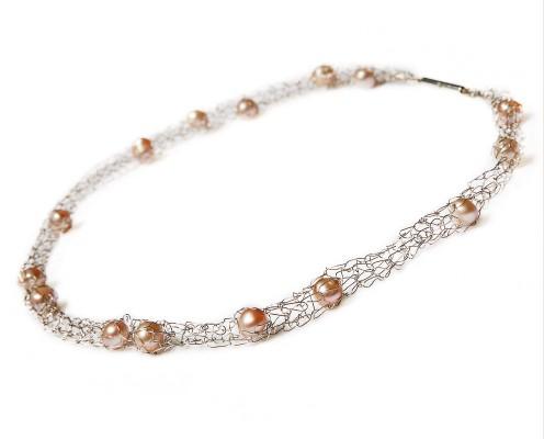 Pearls-Collier aus 925er Silber mit Rosé-Perlen - Preis: 265,-€